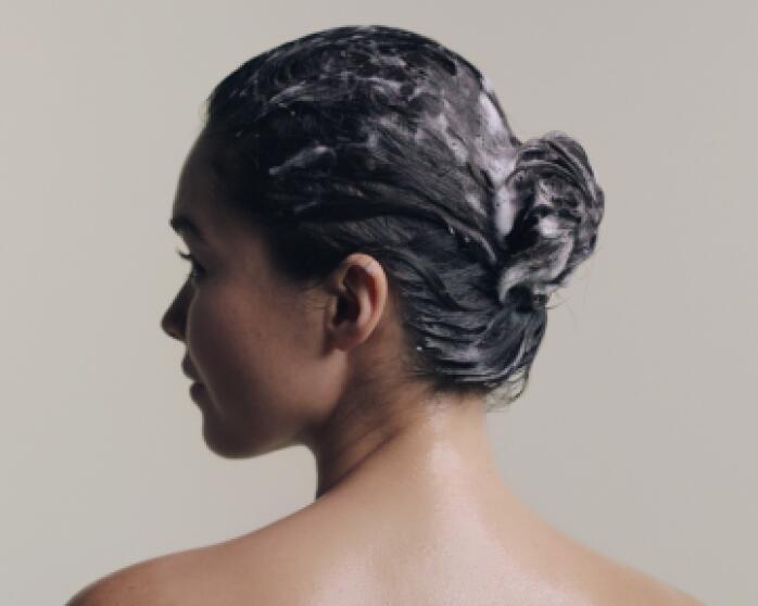 Ergebnisse TONUCIA NATURAL FILLER Kräftigendes Shampoo