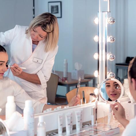 AV_workshop-make-up-Avene-hydrotherapy-center
