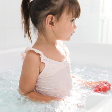 AV_instit-hydrotherapy-treatment-bath-kid-hd