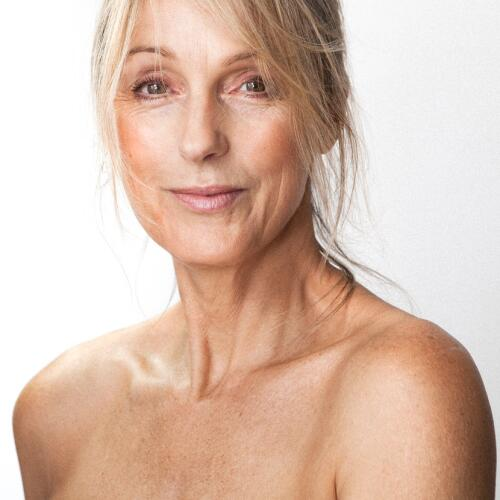 AD_NUTRITION_MATURE-SKIN-WOMAN_LARGE_2021