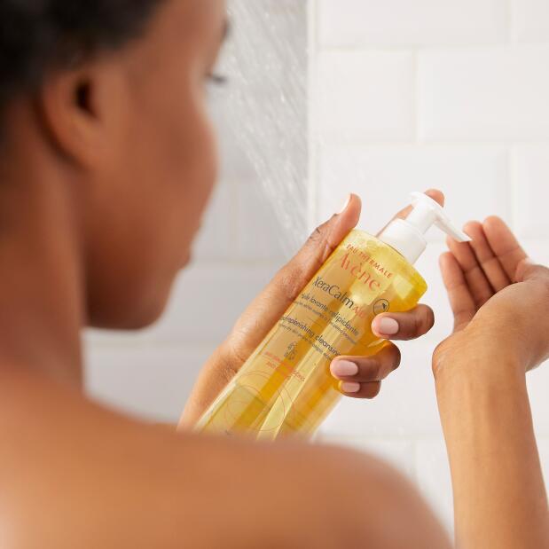 av_xeracalm_lipid-replenishing-cleansing-oil_5_post_3282770146790_hd