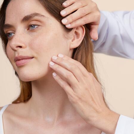 av_ antirougeurs_day soothing cream-emulsion_social_post