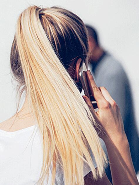 RF_website_expert-dossier-blond-hair_effects_why-is-bleached-hair-weakened_804x446