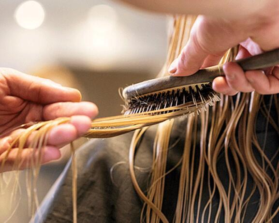 RF_website_expert-dossier-blond-hair_header_hairstylist-tips_640x600