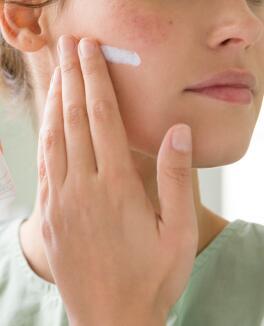 av_ cicalfate_repairing protective cream_social_post_1_ld