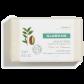 Savon crème à la texture mousse onctueuse et enveloppante.