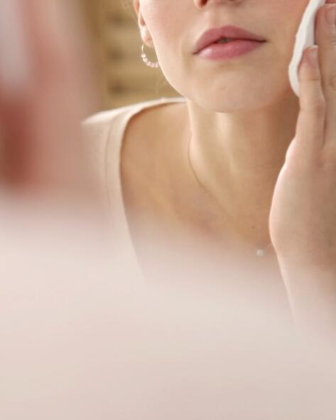 av_visuel-makeup1_brand-section_website