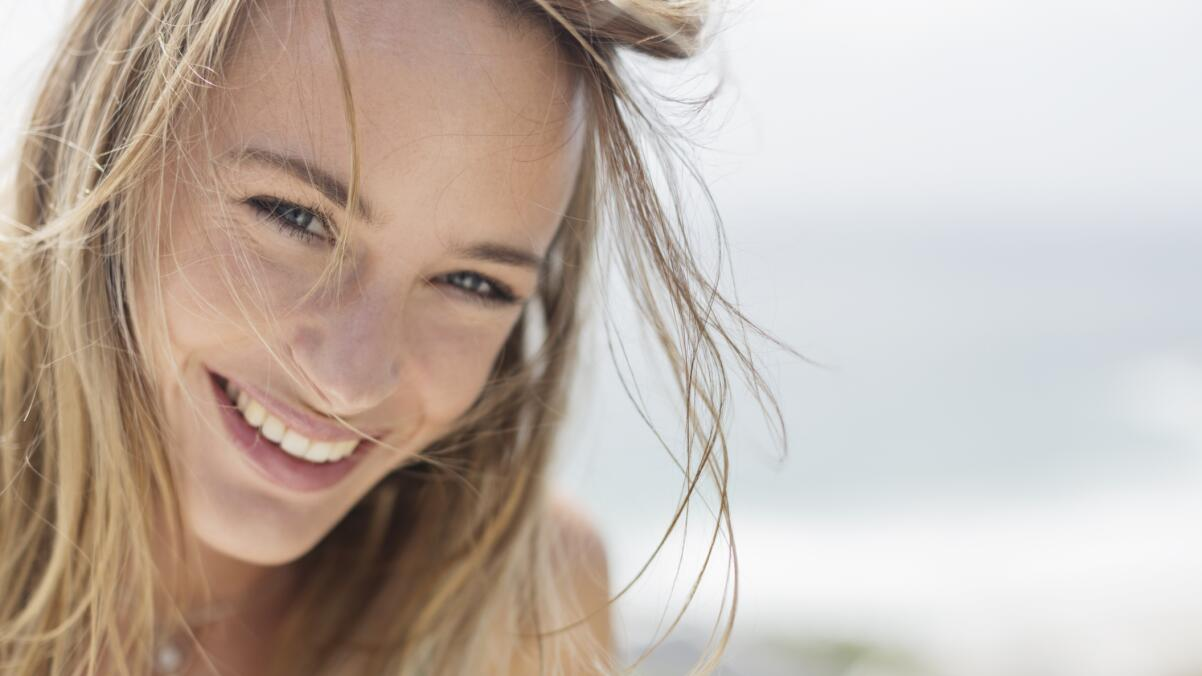 RF_Expert-dossier_Dry-hair_Blond-hair-Woman_Copyright-free (3)