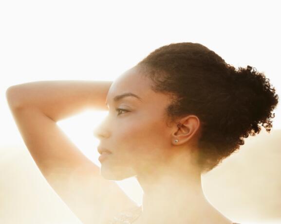 RF_Expert-dossier_Dry-hair_Afro-hair_Copyright-free (6)