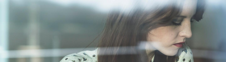 RF_Expert-Dossier_Hair-loss_Brown-hair-Woman_Copyright-free -3-